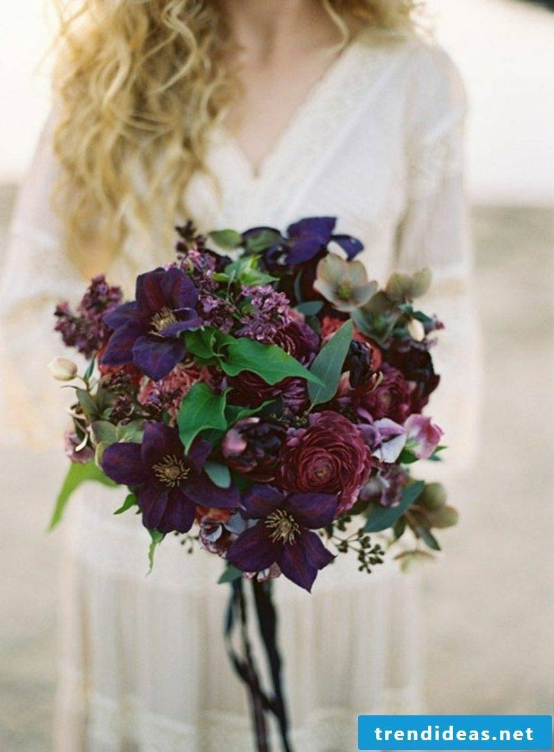 Bridal bouquet of autumn flowers