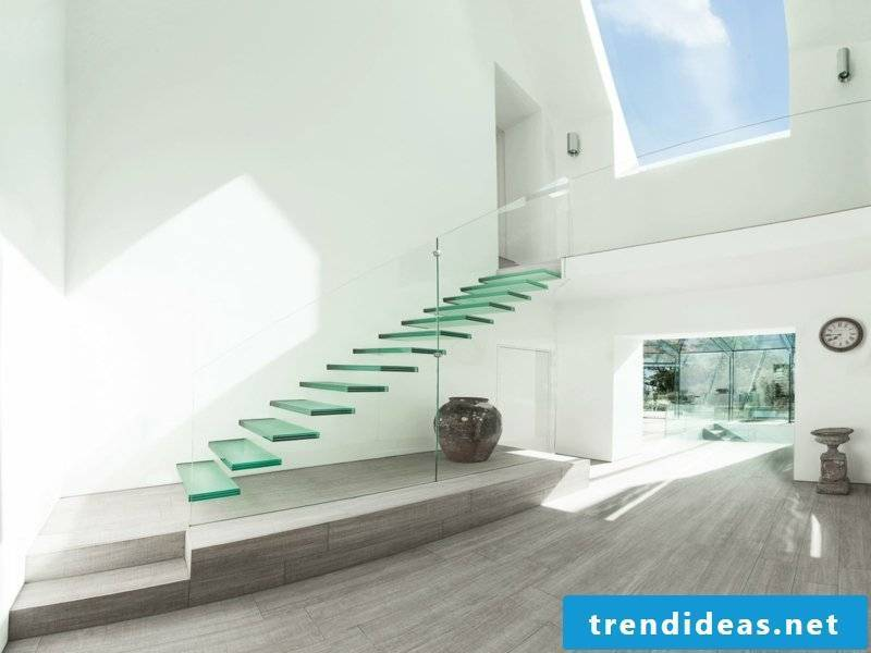 minimalist-modern-stairs-glass-resized