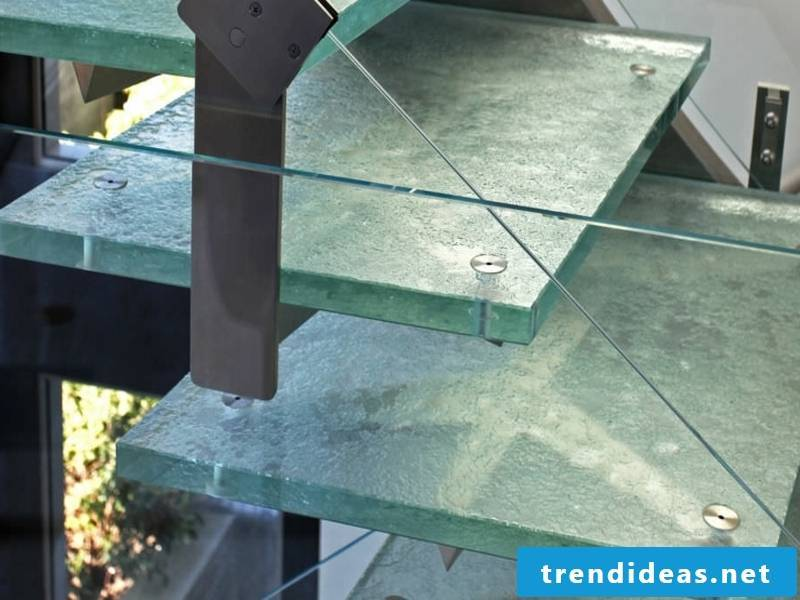 thick glass staircase