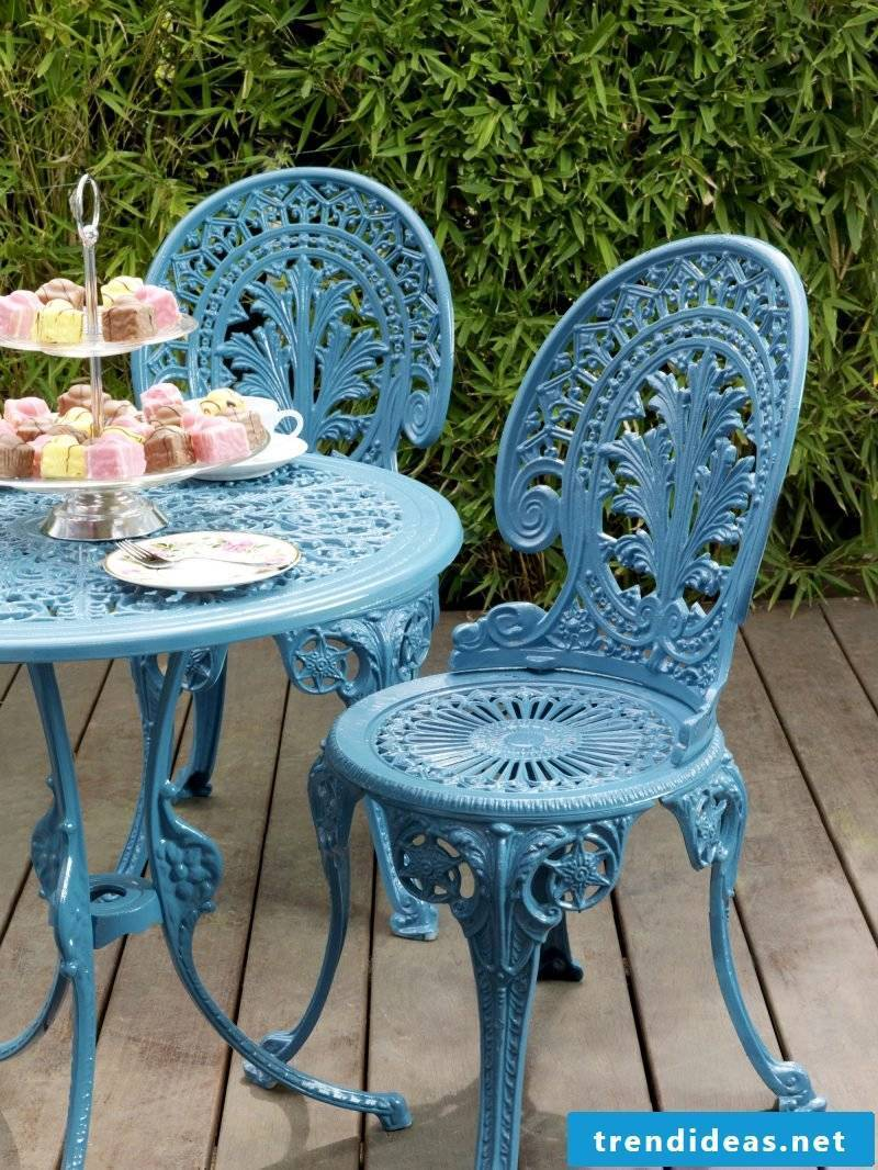 Design metal garden furniture with unique shapes