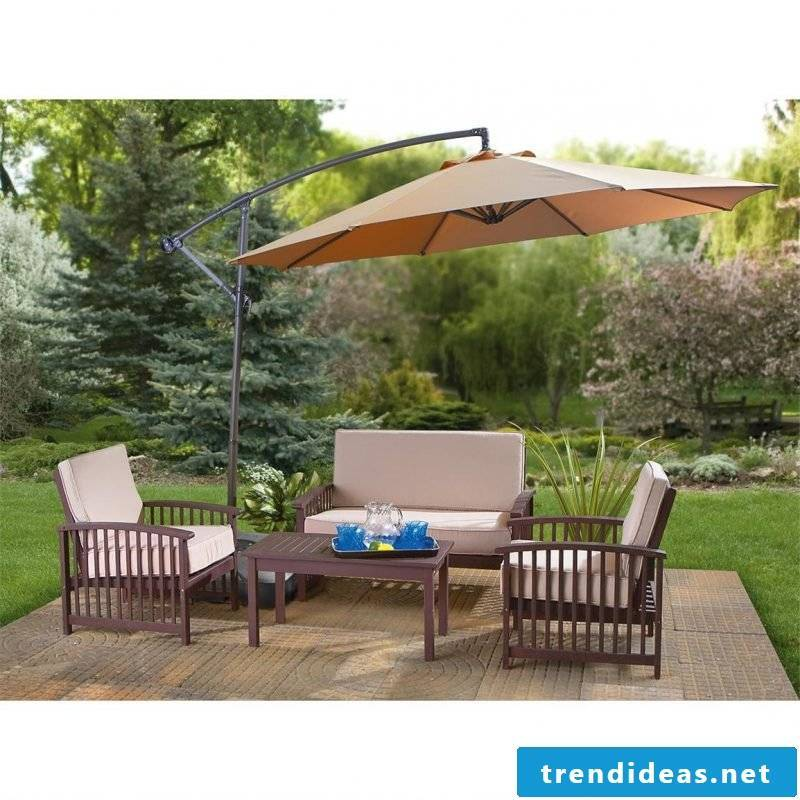 Design garden furniture: The role of parasol