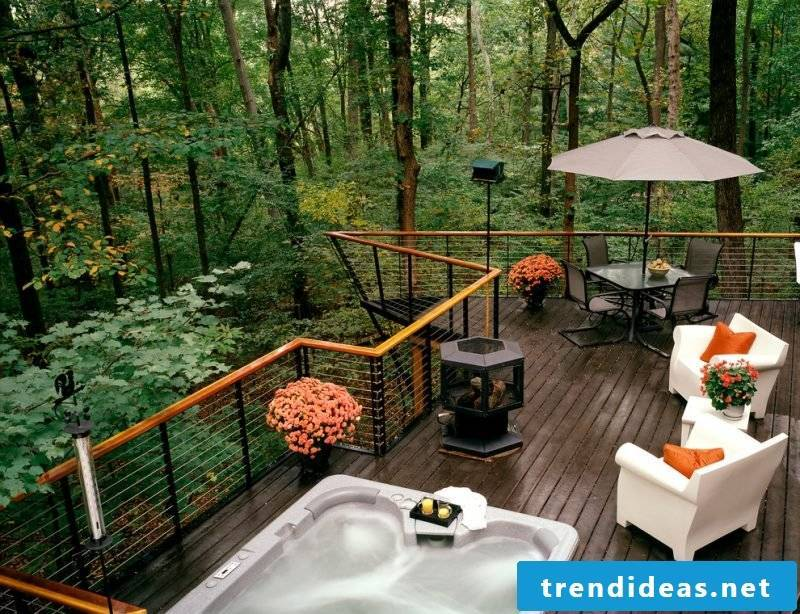 Design garden furniture: Combine the styles