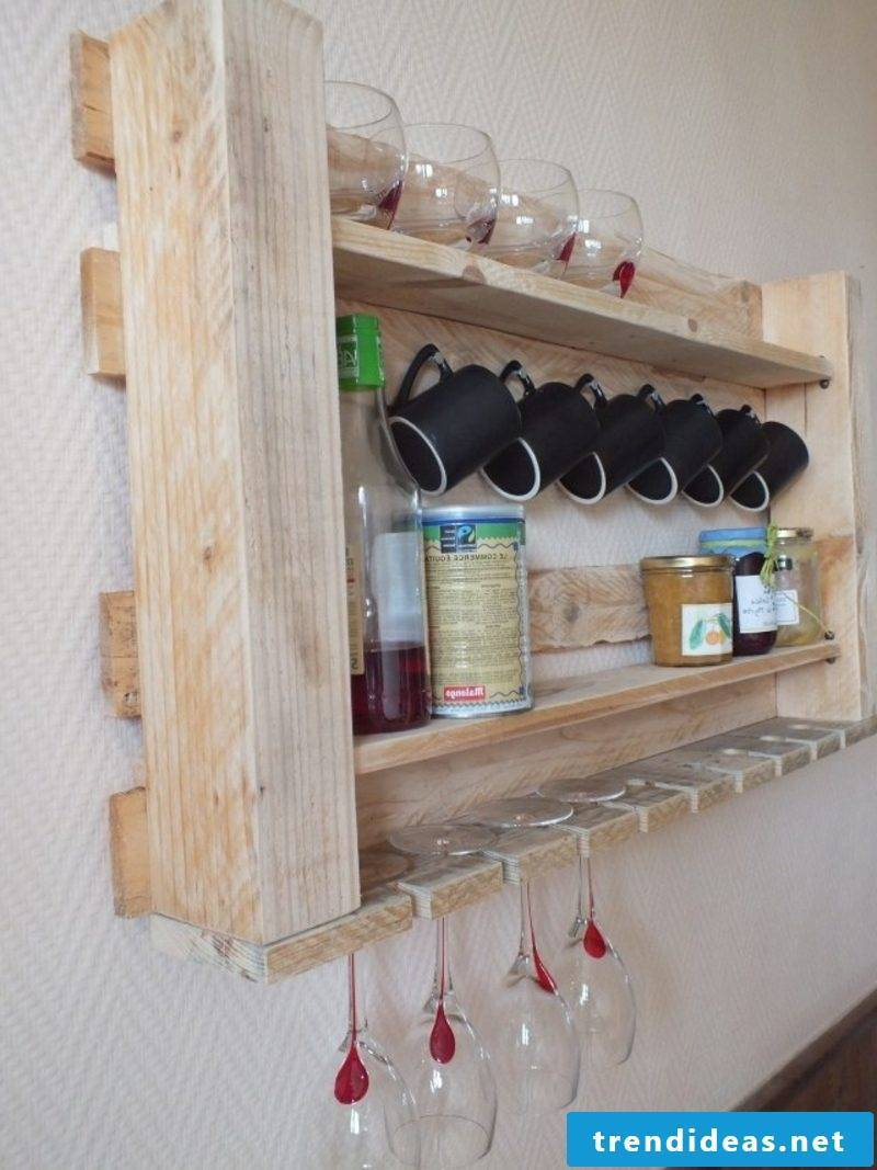 Furniture made of europallets wine rack