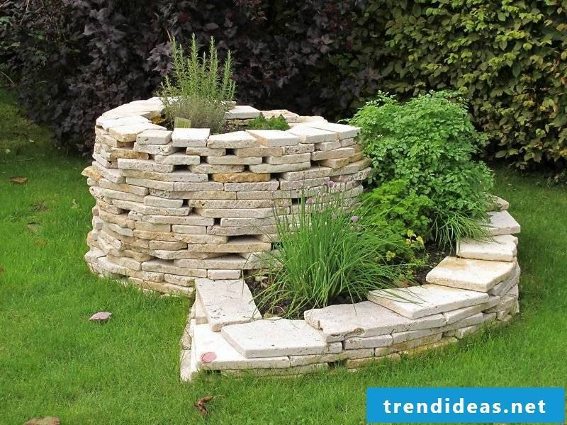 Herbal snail stone original design