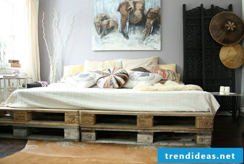 pallet bed-furniture-from-euro pallets