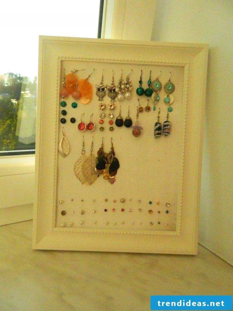 Photo frame jewelry stand make yourself