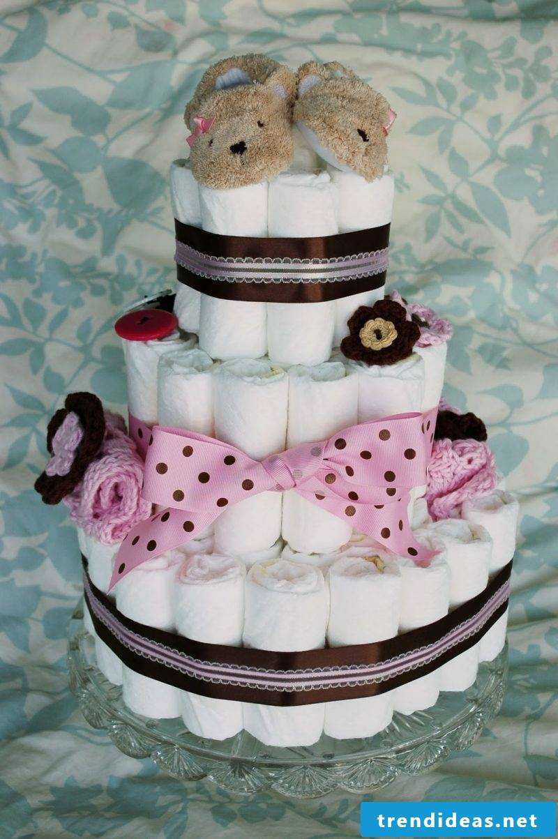 Instructions diaper cake idea