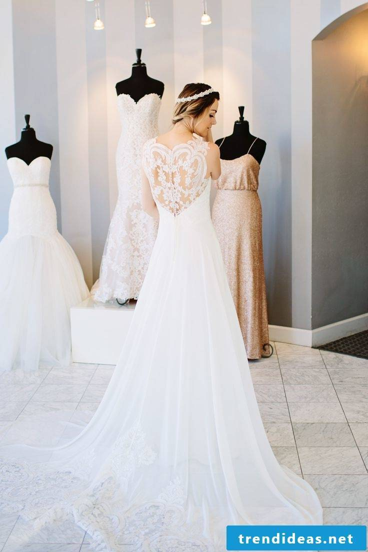 Tips when buying the wedding dress - how to find the dress