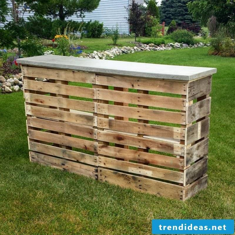 5 Easy Steps As You Build Your Own Bar From Pallets