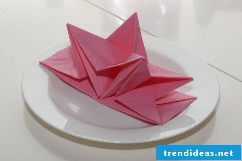 star-napkin wrinkle ideas