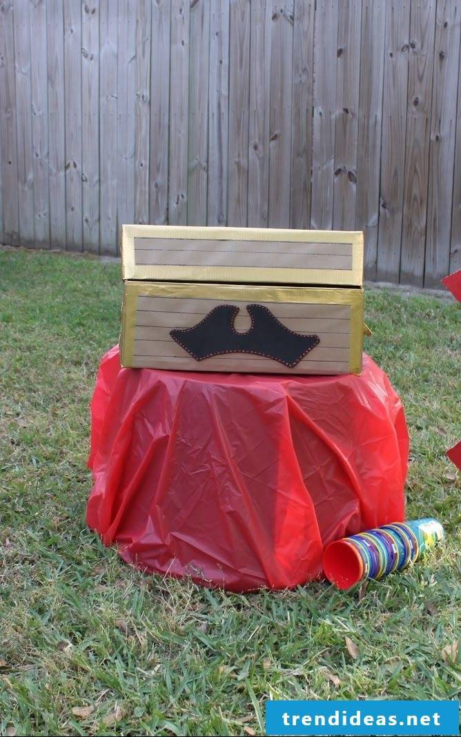 Craft Ideas for Kids: The ultimate goal of any Buccaneer is the treasure chest
