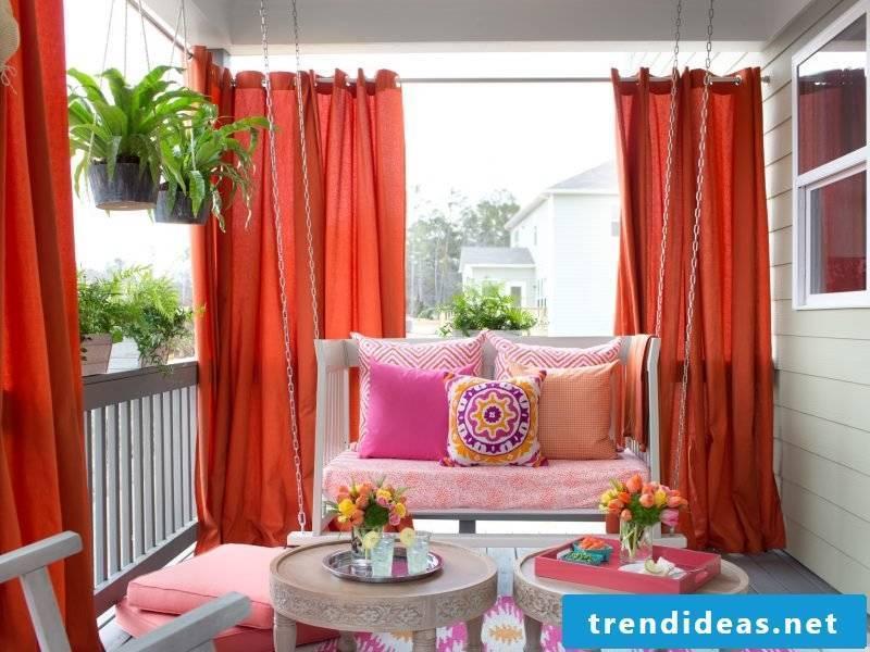 Curtain sew design