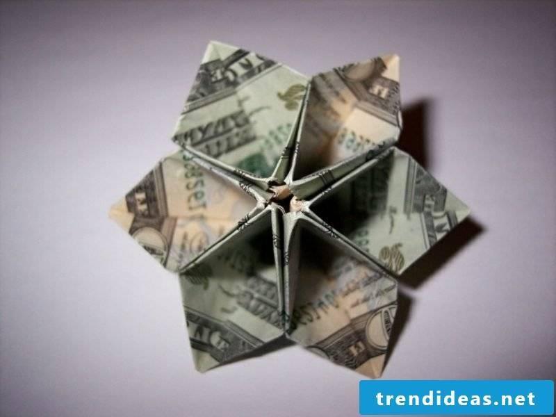 Flower from bills original ideas DIY