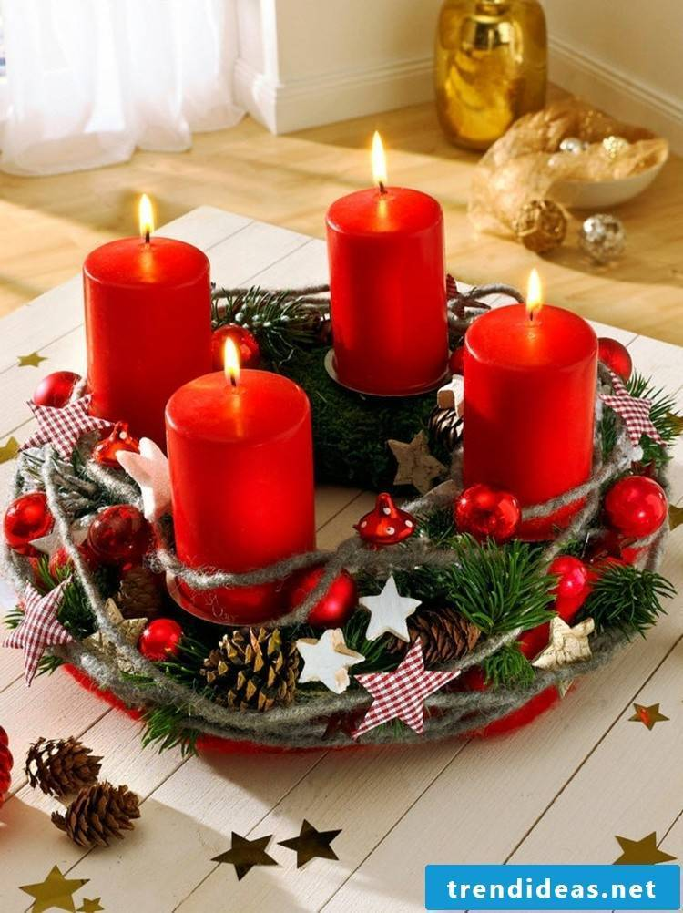 Advent wreath tinker with children