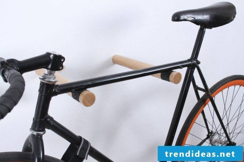 Bicycle mount for wall made of wood