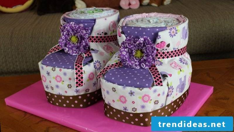 Instructions diaper cake shoes