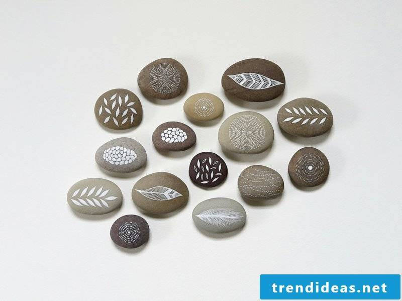 painted stones for decoration