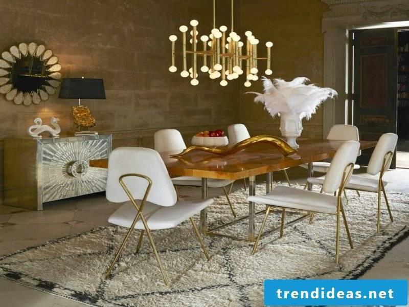 Elegant dream carpet in the dining room