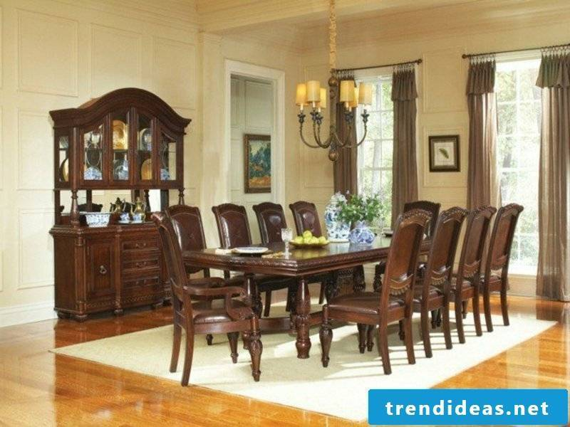 champagne-free dream carpet in the dining room