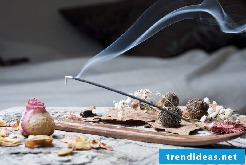 Incense beguiles the nose and paves the way to relaxation.