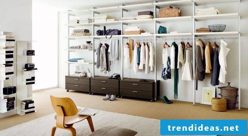 Wardrobe systems walkable