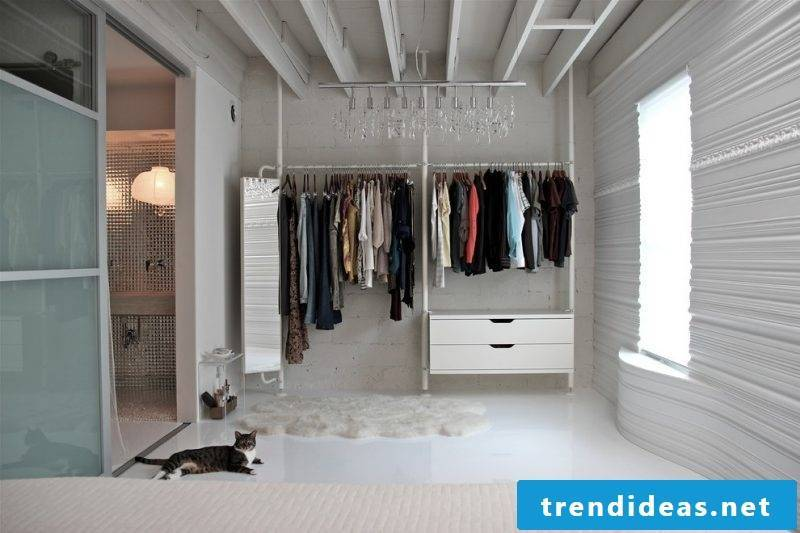 Wardrobe systems in white