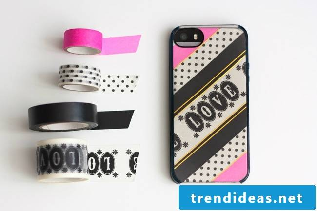 Design your own mobile cover: In love with the colorful adhesive tape