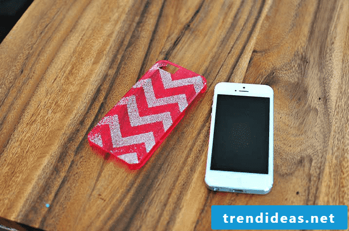 Mobile phone case design: The geometric patterns are always trendy