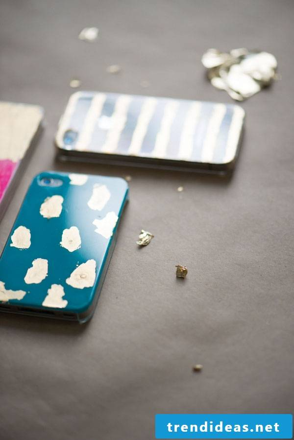 DIY cell phone cover with gold