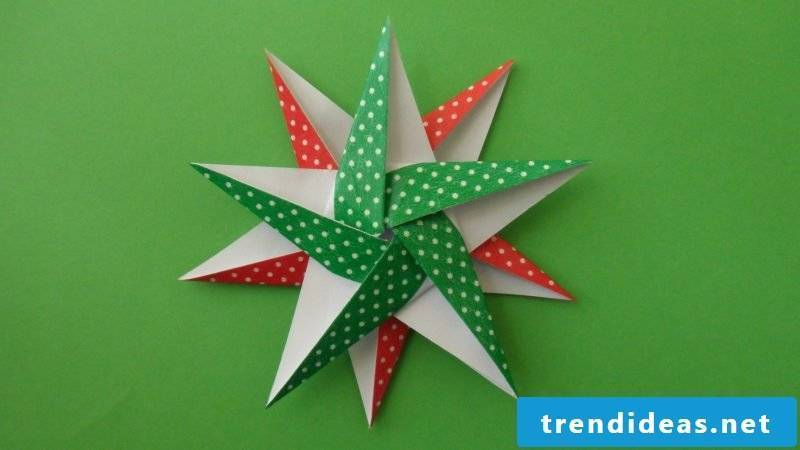 origami stars green
