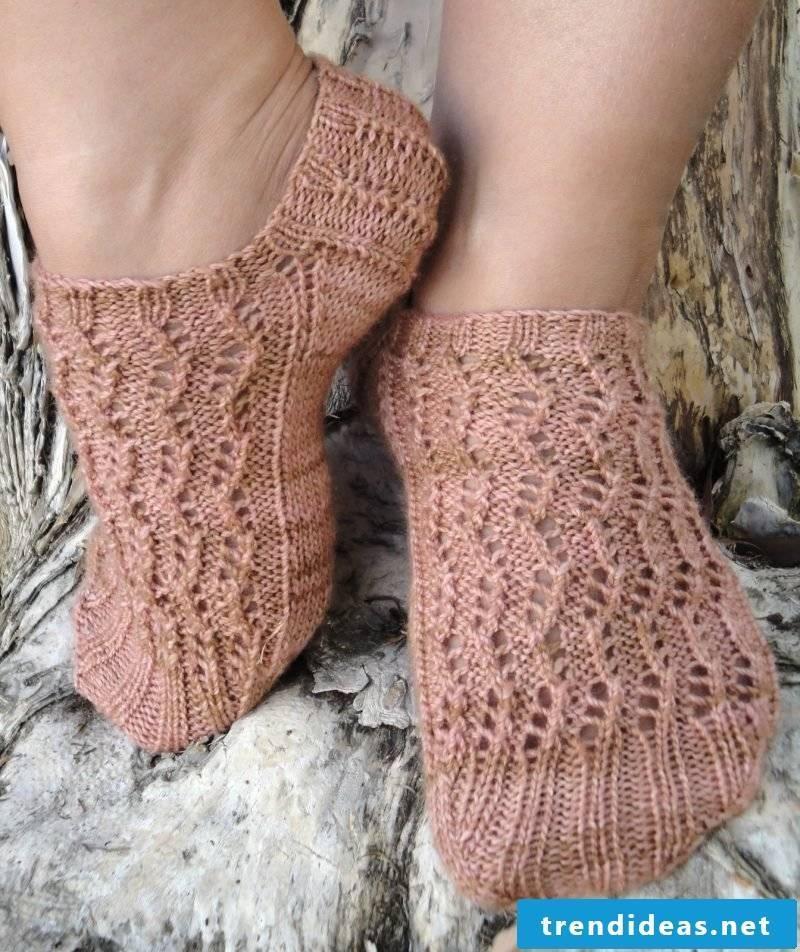 Knitting pattern for socks: short socks
