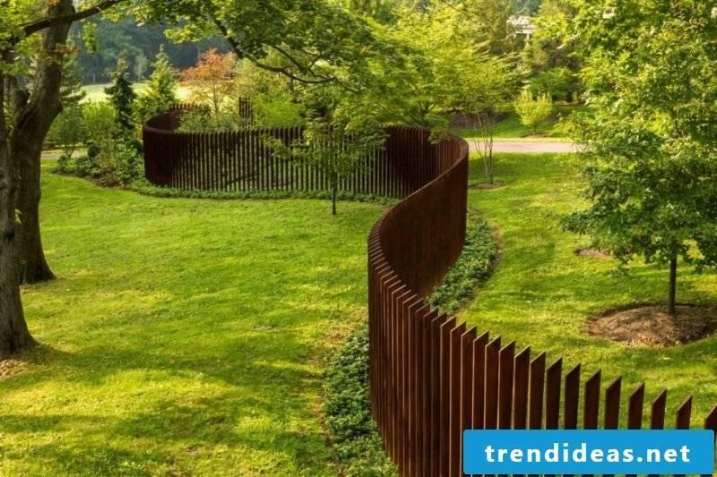 Garden gate itself build inspired by minimalism