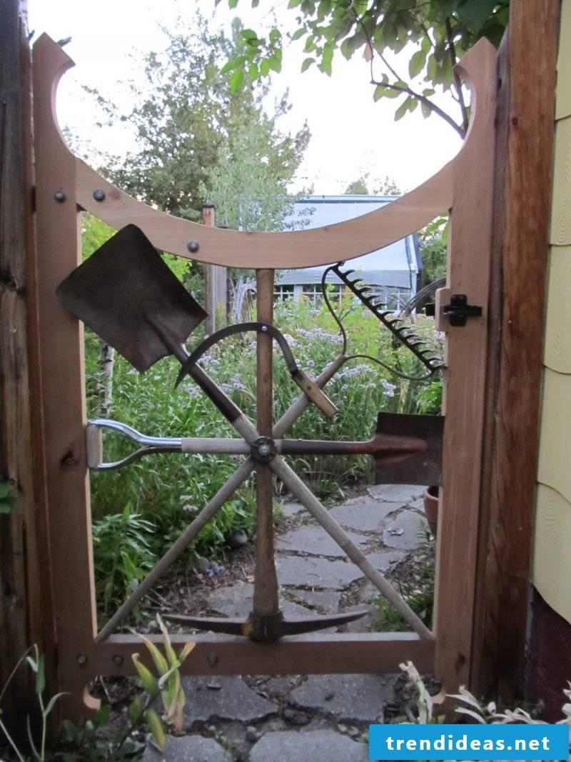 Building a garden gate yourself: creative ideas