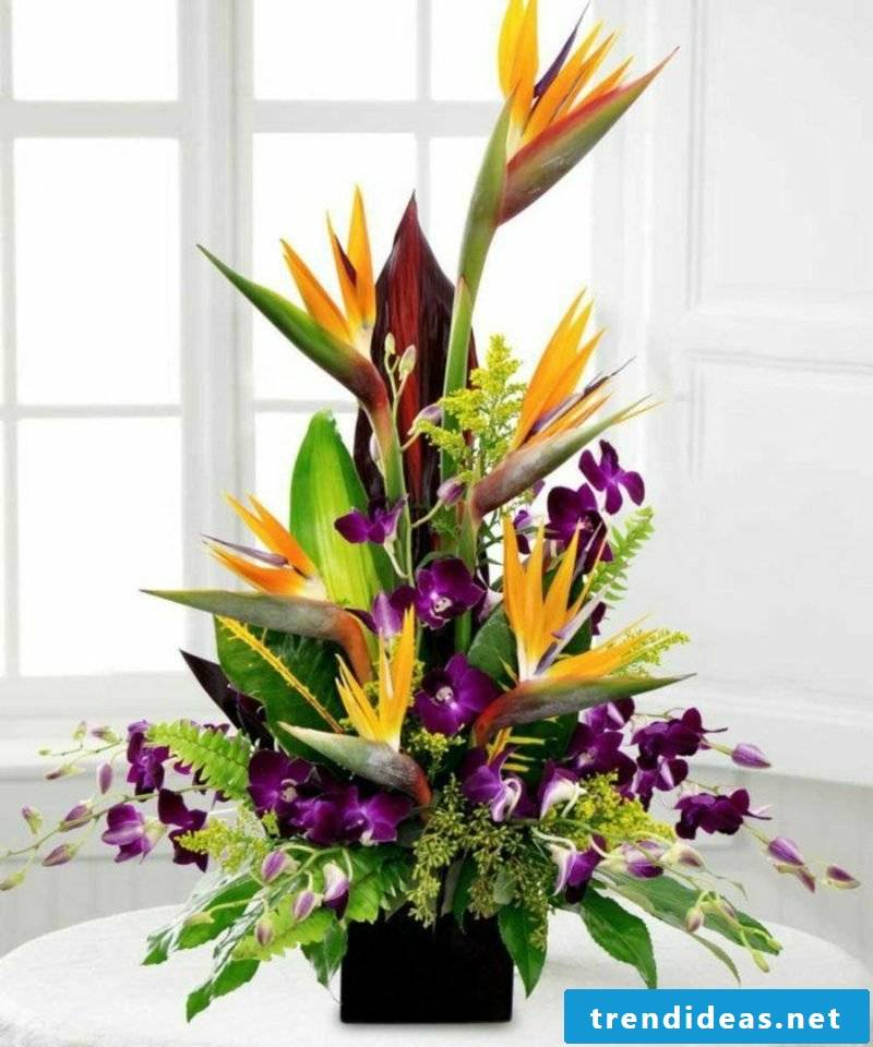 Flower arrangements asymmetrically gorgeous look