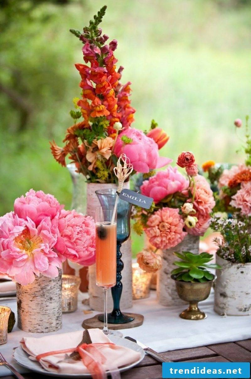 Flower arrangements arrange peonies and peonies