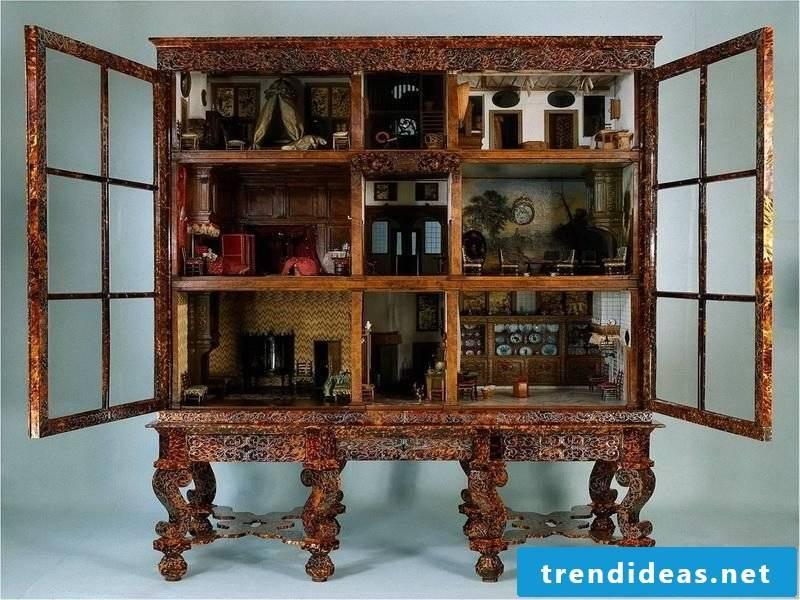 Wardrobe: Asian furniture
