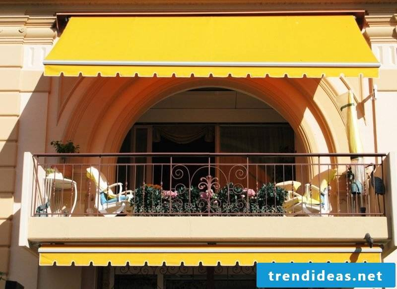 Balcony awning in yellow