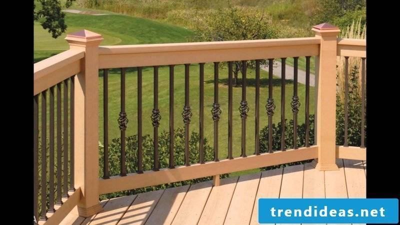 Balcony railing wood