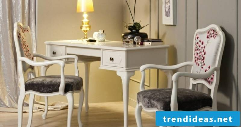 Baroque furniture two chairs and coffee table in white
