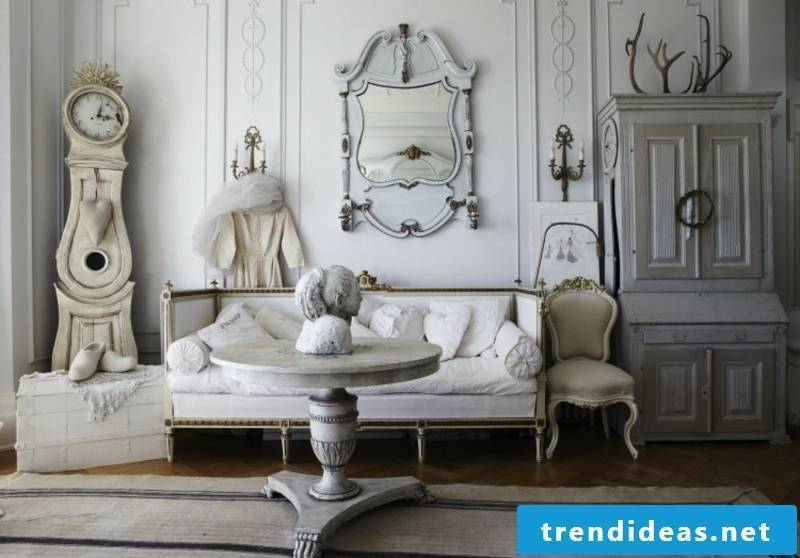 Baroque furniture living room in white