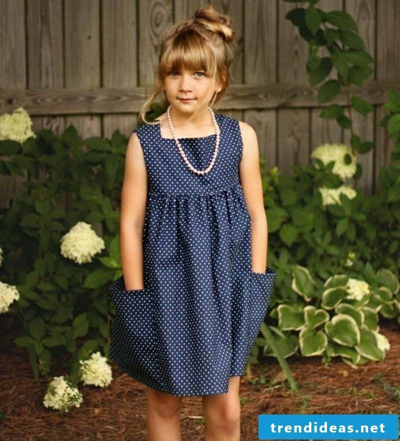 Children's clothing stitch elegant dress in dark blue