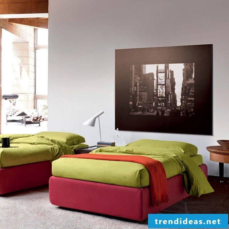 Bed without headboard for youth room