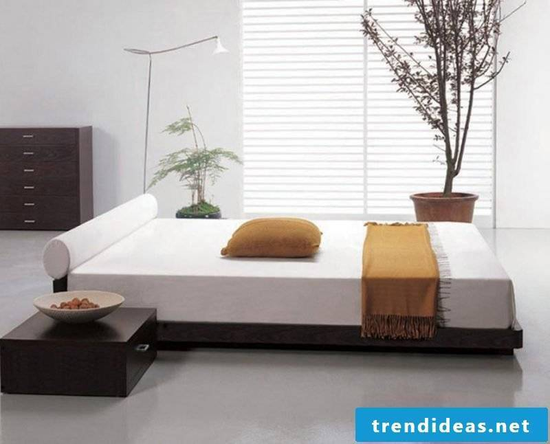 Bed without headboard in the middle