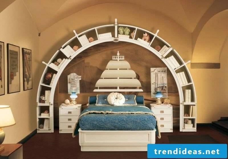 Bedroom set up unique maritime furniture