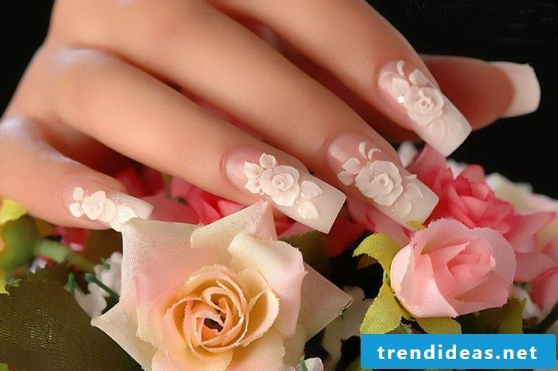 Fingernail design 3D roses