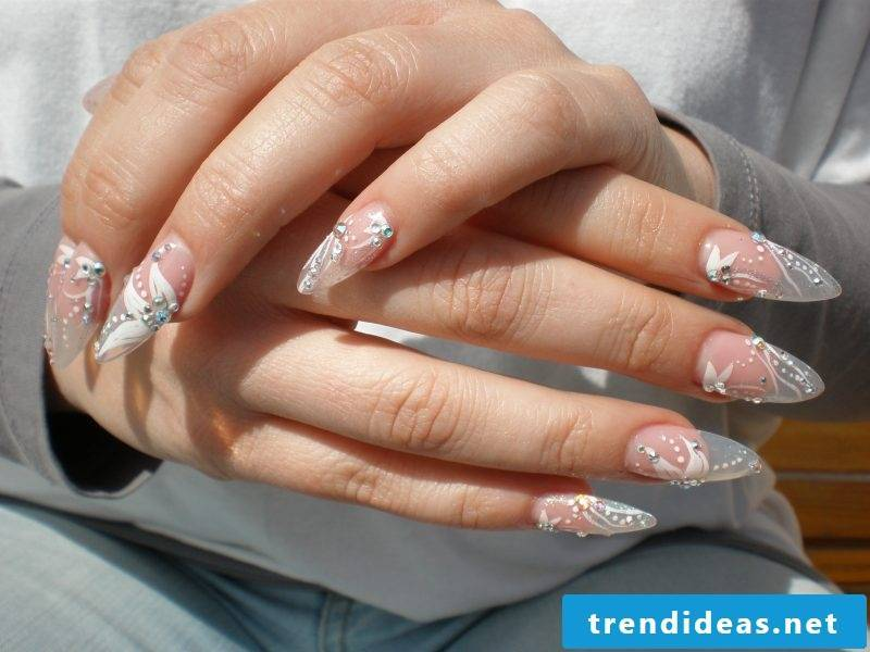 Fingernail design wedding design