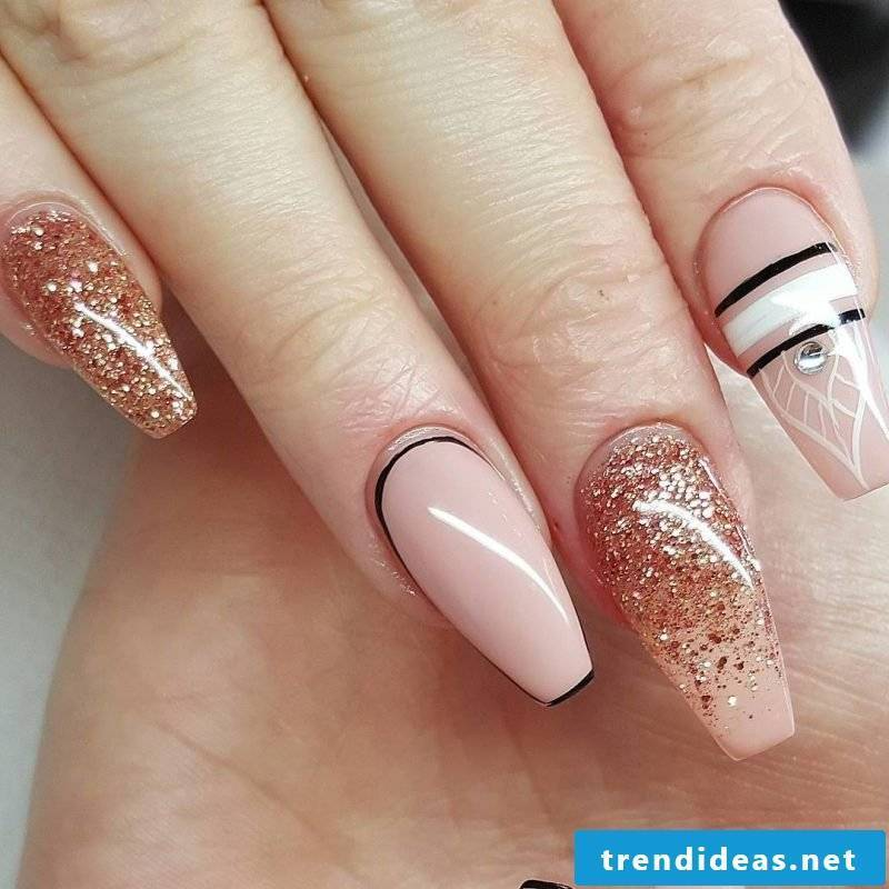 Fingernail design gel design