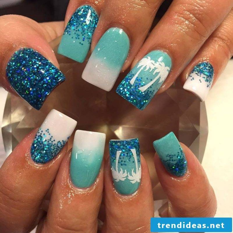 Fingernail Design Blue