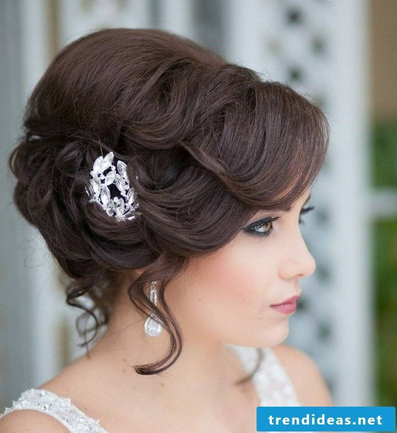 bridal hair accessories white
