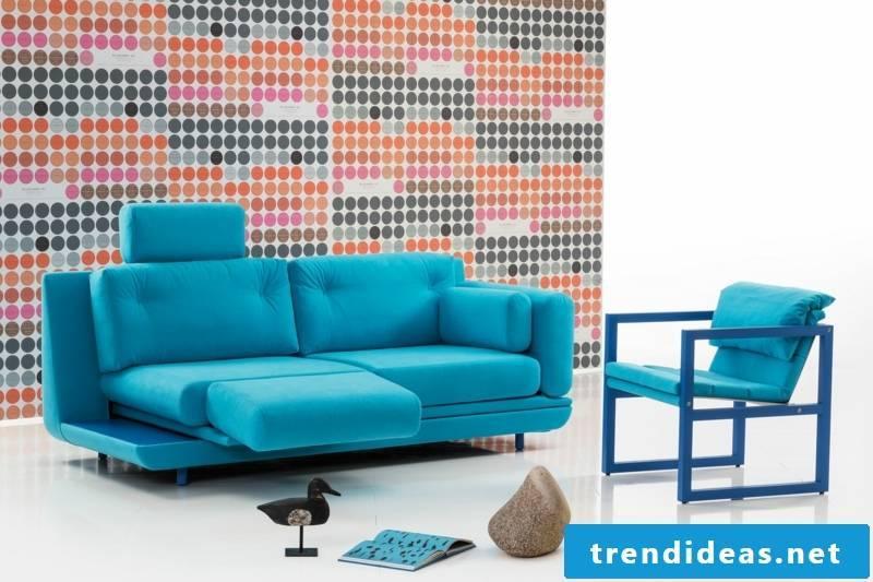 brühl sofas-model-attitude-turquoise
